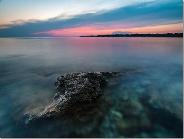 Površina mora ispeglana dugom ekspozicijom